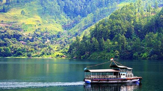 5 Daftar Destinasi Wisata Yang Gak Kalah Keren di Samosir